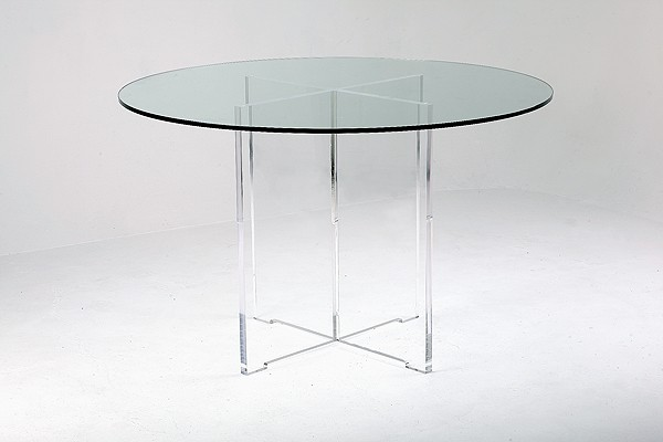 Cruciform dining table