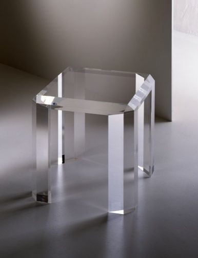 Acrylic side table B010